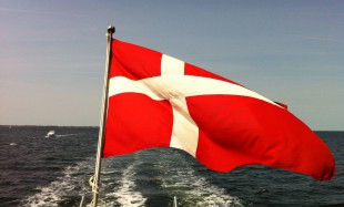 (The Danish flag -Dannebrog - Photo by Linda Steffensen)