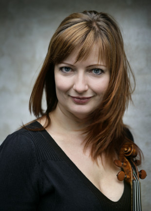 Violinist Christina Åstrand will perform Sunday, September 21, 2014 in Evanston, Illinois. (Photo courtesy of Chicago Philharmonic)