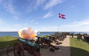 Firing of the cannons at Kronborg Castle in Denmark. (Photo courtesy of Thorkild Jensen/Kronborg)